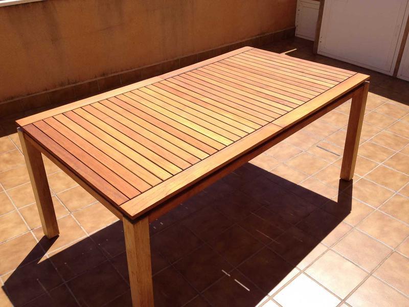 Jardin terraza mesa madera de teca extensible mianuncio for Mesas de jardin de madera